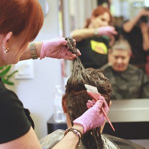 charity_cut-a-thon_2015_027